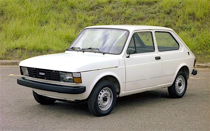 fiat 147 primeiro carro da fiat produzido no brasil carro bonito. Black Bedroom Furniture Sets. Home Design Ideas