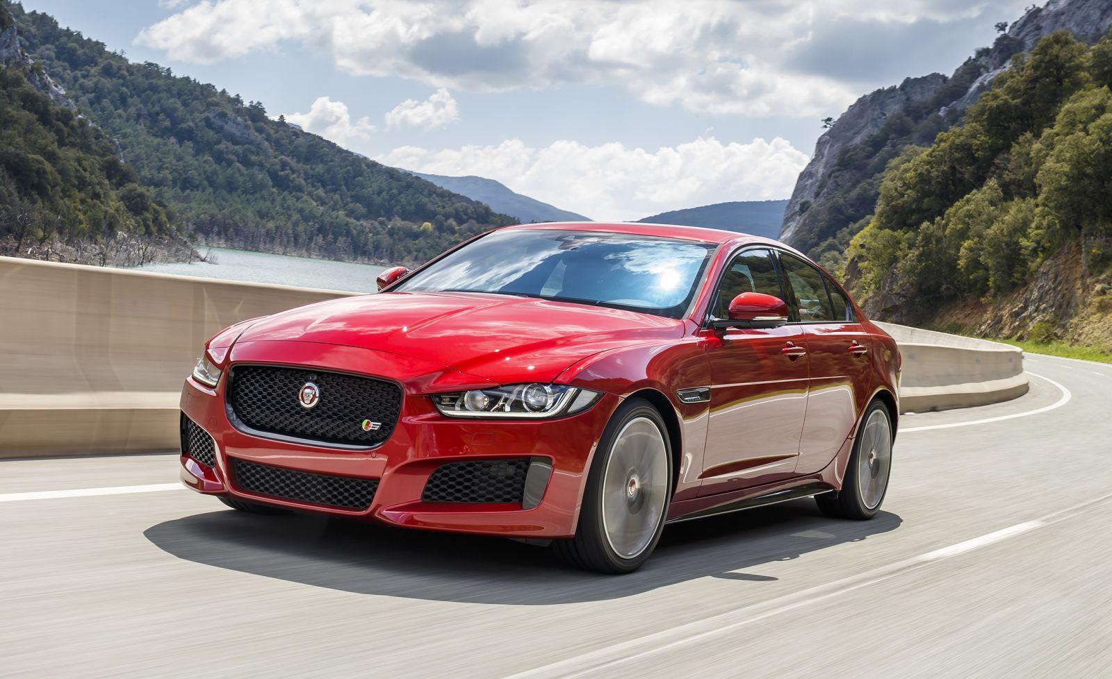 Jaguar XE 2018