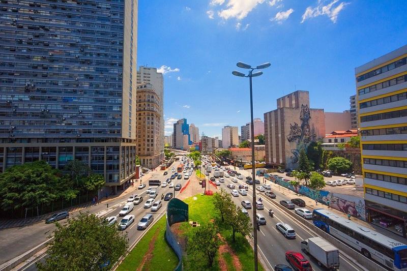 Trânsito em São Paulo - viaduto do Chá